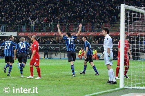 """""""Gol! gol! ho fatto gol!!"""" (Geom. Calboni, scapoli vs ammogliati).  Il livello della conclusione a rete era quello..."""